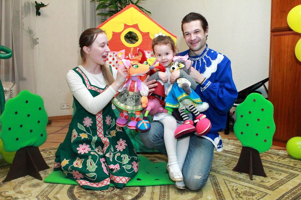 Выезд кукольного театра возможен на день рождения ребенка на дом, в детский сад, в школу и в ресторан (москва и московская область).