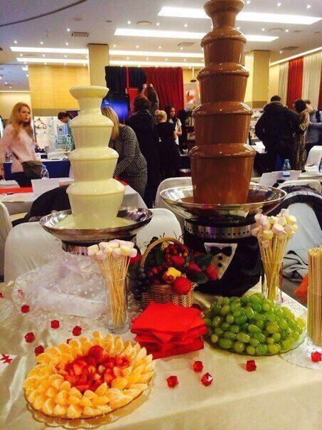 Шоколадный фонтан на свадьбу - какой лучше выбрать